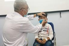 Cứu con mắt bị bật ra ngoài của bé 9 tuổi