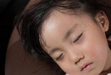 Những dấu hiệu cảnh báo trẻ bị thiếu canxi: Đây là những việc cha mẹ cần làm ngay
